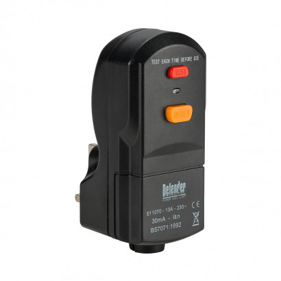 Image for Defender 13A Wireable RCD Plug 230V
