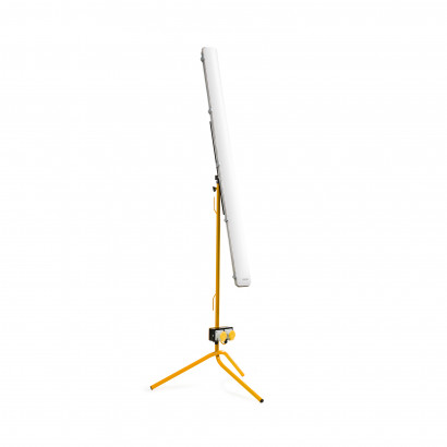 5FT 40W LED Anti Corrosive with Fixed Leg Tripod and Power Take Off Point